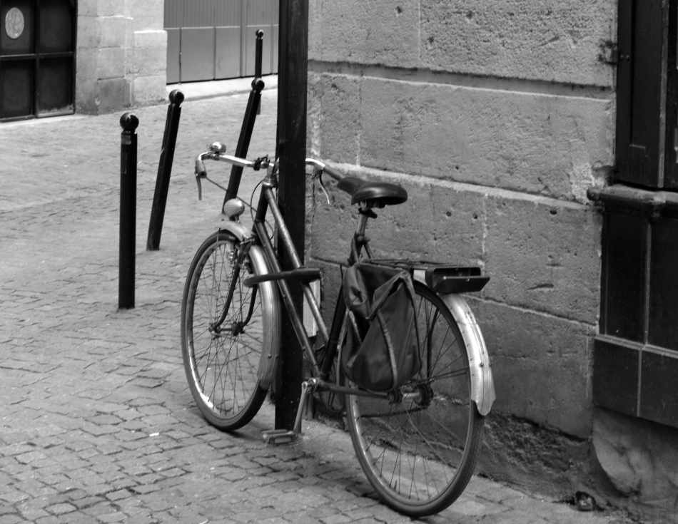 The lonely bike